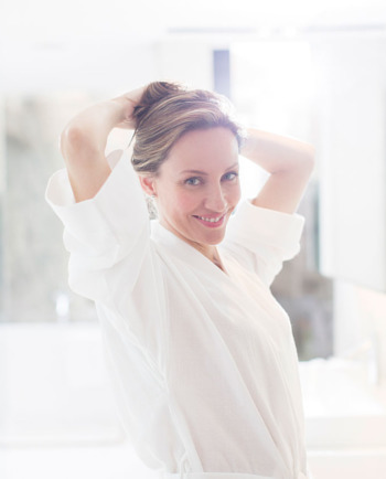 نصائح مهمّة: كيف تضفين الإشراقة على بشرتك قبل حضور مناسبة هامة.