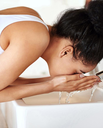 What can hard water do to skin and how can you protect it?